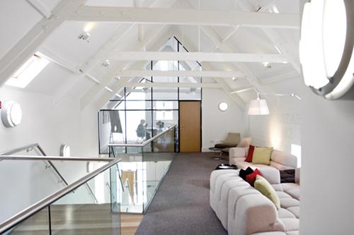 Illuminazione per interni for Illuminazione interni casa