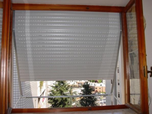 Riparare una tapparella - Serrande avvolgibili per finestre ...