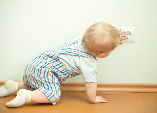 Sicurezza dei bambini in casa - Elettricita in casa ...